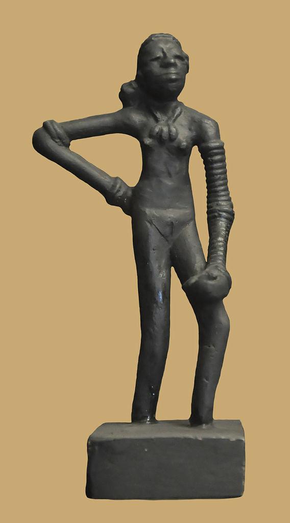 Dancing Girl Statue Mohenjo Daro Bronze Statue of Dancing Girl
